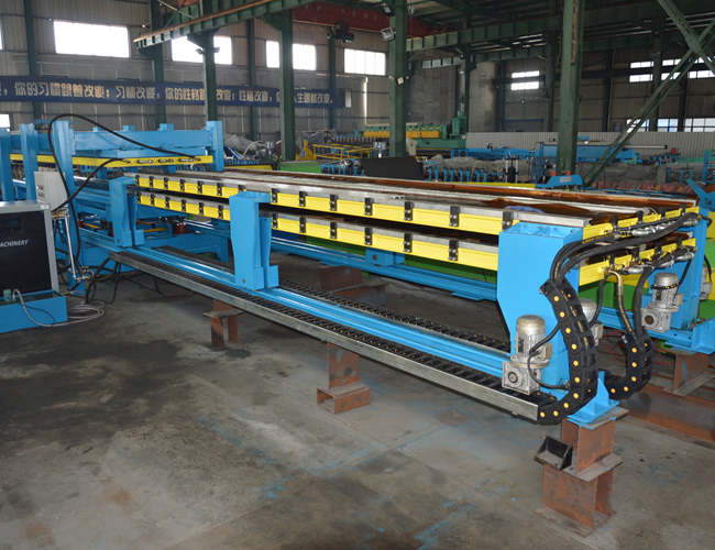 Discontinuous PU Sandwich Panel Line Featured Image