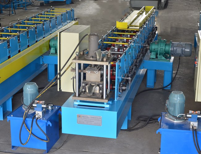 Top hat roll forming machine Featured Image
