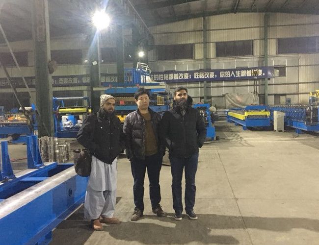 201712 Pakistan customer visit our company
