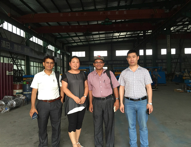 201608 Customer visit our factory